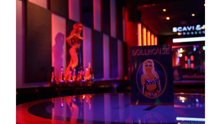Eintritt ins Dollhouse für 2 in Hamburg