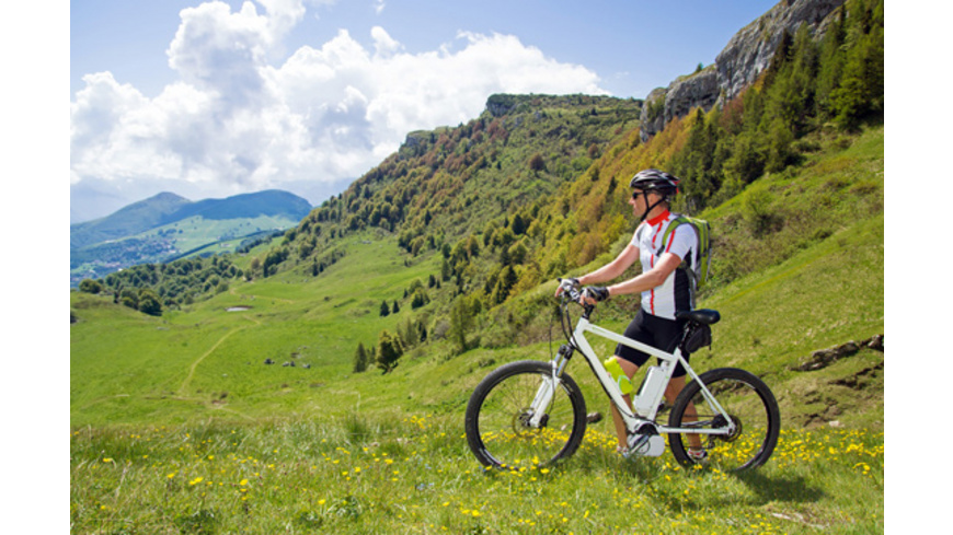 E-Bike-Tour & Bergwandern in Tirol