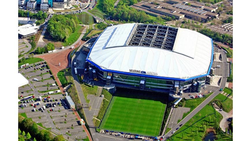 Heli-Rundflug über das Schalke-Stadion