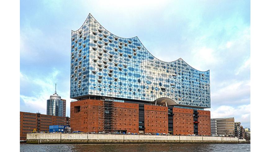 Elbphilharmonie Konzert & Übernachtung in Hamburg für 2