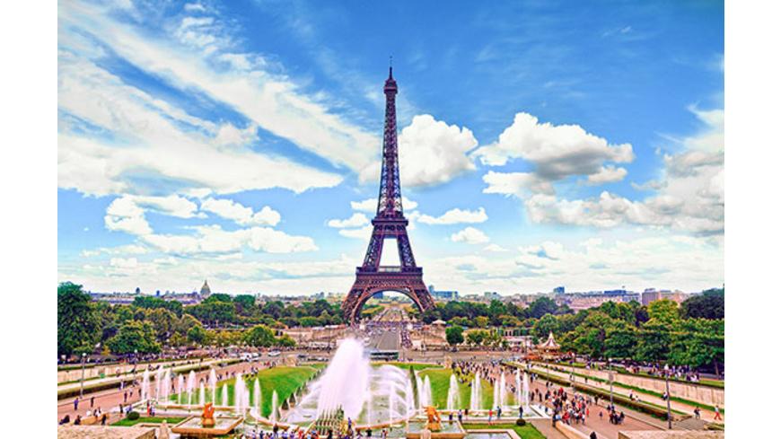 Paris Kurztrip mit Tickets zur Spitze des Eiffelturms für 2