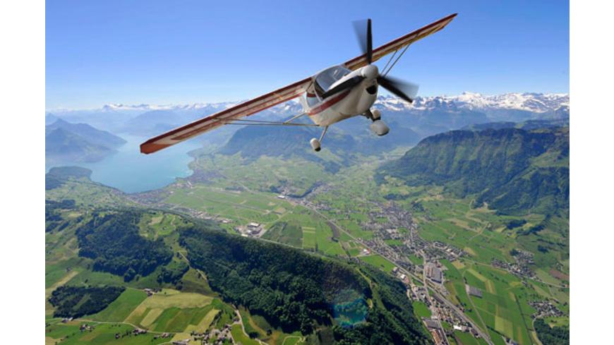 Privat-Rundflug über die Berner Alpen für 2
