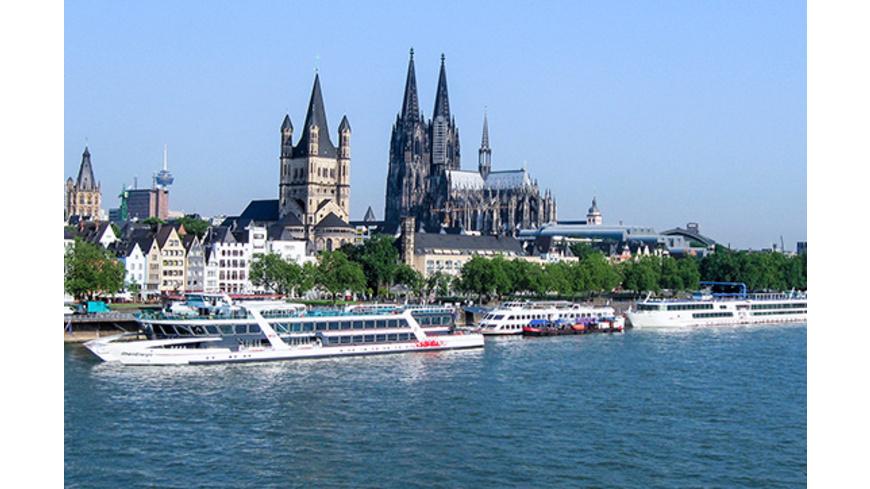 Erlebnistag: Stadtführung, Schifffahrt & Dinner in Köln für 2