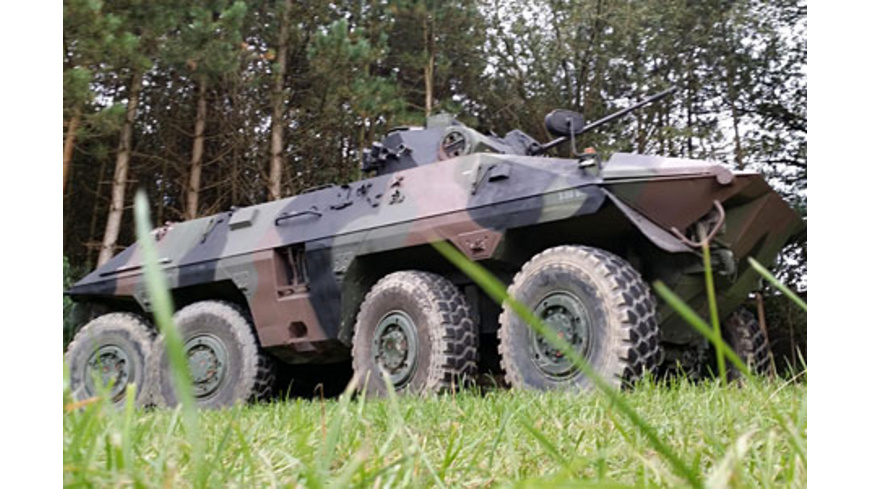 Spaehpanzer Luchs fahren bei Osnabrueck