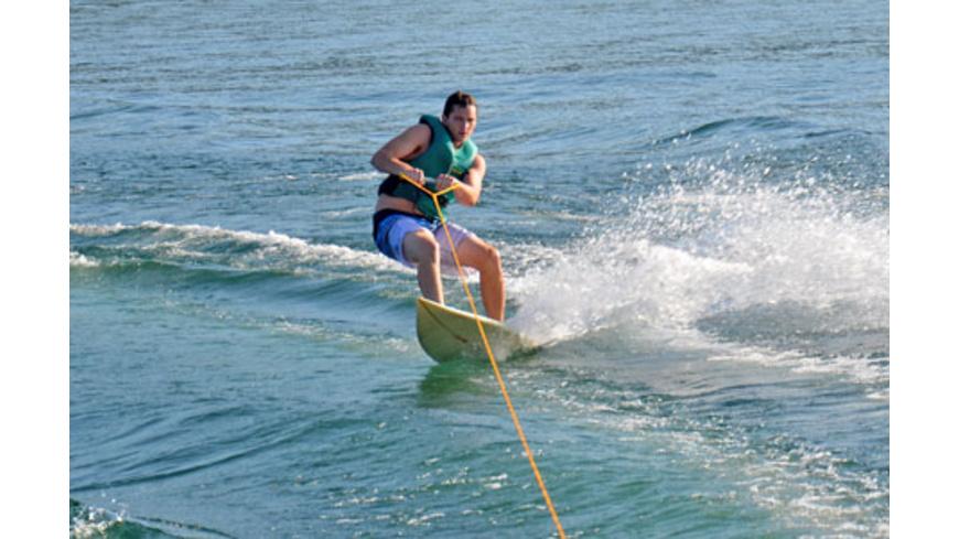 Lakesurfing am Wasserskilift Raum Bodensee