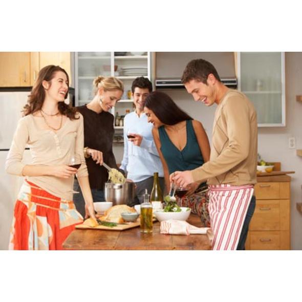 Exklusiver Kochkurs bei Ihnen zu Hause für 2