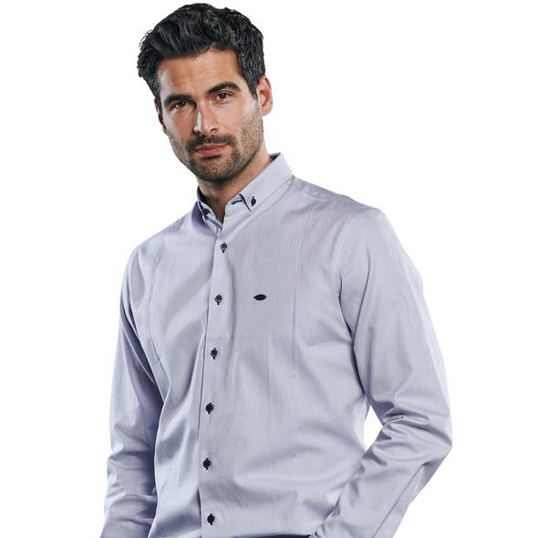Hemd mit edlen Teilungsnähten