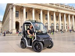 E-Mobil Stadtrundfahrt durch Bordeaux für 2