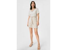 Shorts mit Gürtel - gestreift
